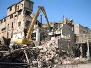 демонтаж домов, кранов, барж.