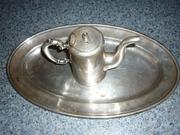 старинный посеребряный поднос с чайником времен царской России